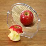 Testképzavar ábrázolása két almával, hamis tükörképpel
