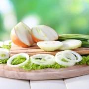 A nehezebb ételek mellől nem hiányozhat a hagyma