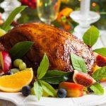 A karácsonyi asztal finomságai: lestyános itóka és pecsenyekacsa lestyános burgonyával