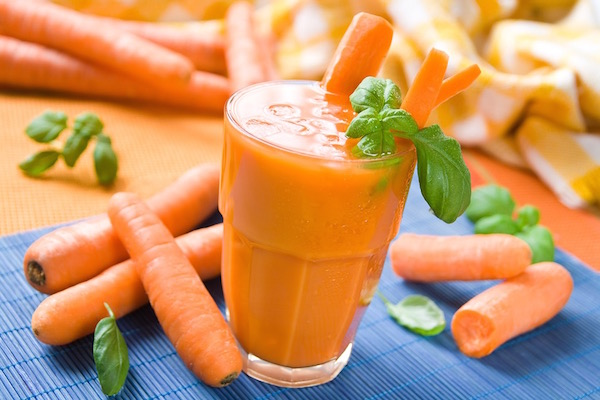 Rengeteg karotint és A-vitamint tartalmazó sárgarépából készült juice.