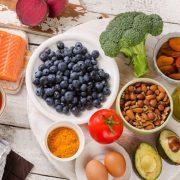 Az agy hűséges katonái: ételek, vitaminok és gyógynövények