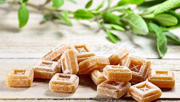 Gyógyító zsályás, izsópos és kakukkfüves cukorka