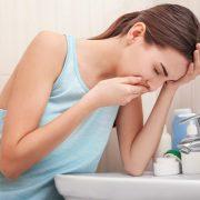 Fejfájást és hányingert kiváltó okok