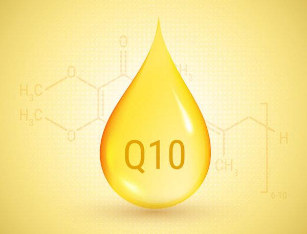 Koenzim-Q10 kémiai képlete és egy cseppként megjelenítve.