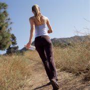 Kiknek és miért jó választás a gyaloglás?