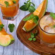 Nyári frissítők csalánnal, dinnyével, mentával, málnalevéllel, rozmaringgal és naranccsal