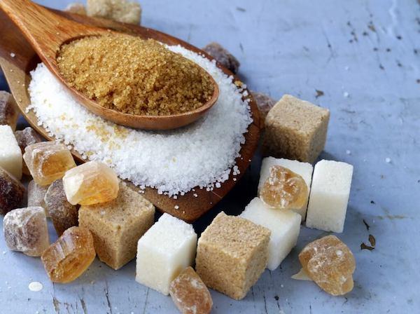 Minden típusú cukor egymás mellett.