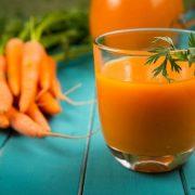 A teste köszönetet mond, ha minden nap megiszik egy pohár sárgarépalevet