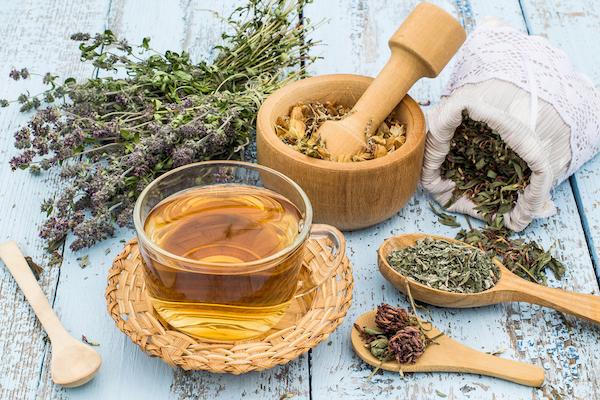 Menopauza panaszaira használt gyógynövények és a belőlük készült gyógytea.