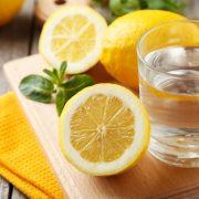 A citromos víz nem csodaszer, de hasznos