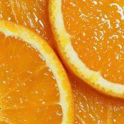 Makuladegeneráció megelőzése rendszeres narancsfogyasztással