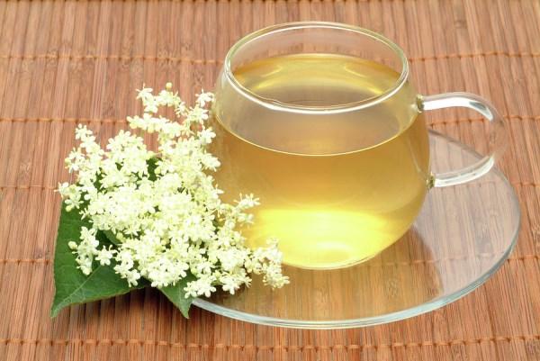 Bodza virágából készült tea.