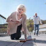 Milyen tünetei vannak a női szívrohamnak?