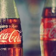 A diétás italokban található édesítőszerek megsemmisíthetik az agyi funkciókat?