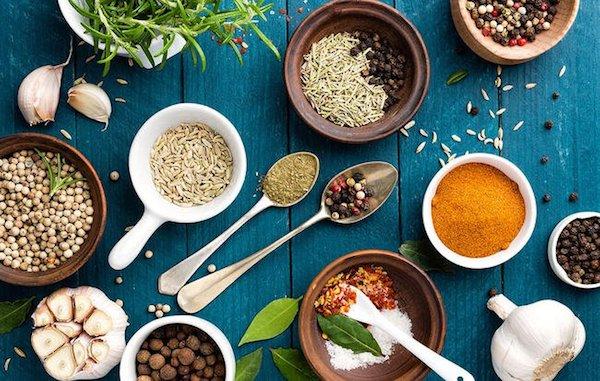 Immunrendszert segítő gyógynövények és fűszerek.