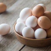A tojás táplálkozási előnyei és kockázatai