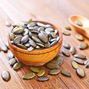 A stressz ellenségei: B-vitaminok, omega-3 zsírsav, zöld tea, tökmag