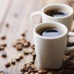 Mi történik, ha éhgyomorra kávézunk?