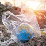 A műanyaggal teli világ szennyezi a környezetet és rombolja az egészséget