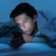 Milyen dolgok akadályozhatják a normális alvást?