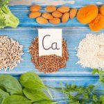 Milyen jelekből látjuk, hogy a testünk kalciumért kiált?