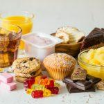 Az álmatlanság és az egészségtelen táplálkozás