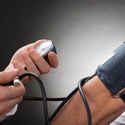 4 módszer a magas vérnyomás csökkentésére