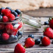 A bogyós gyümölcsök előnyei turmixrecepttel