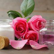 Otthoni arcápolás rózsával