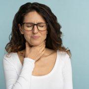 A torokfájdalom természetes ellenszerei